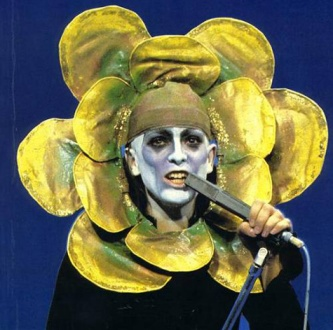 Peter Gabriel. This Wasn't A Eurovision Entry. He Did This Sort Of Thing All The Time